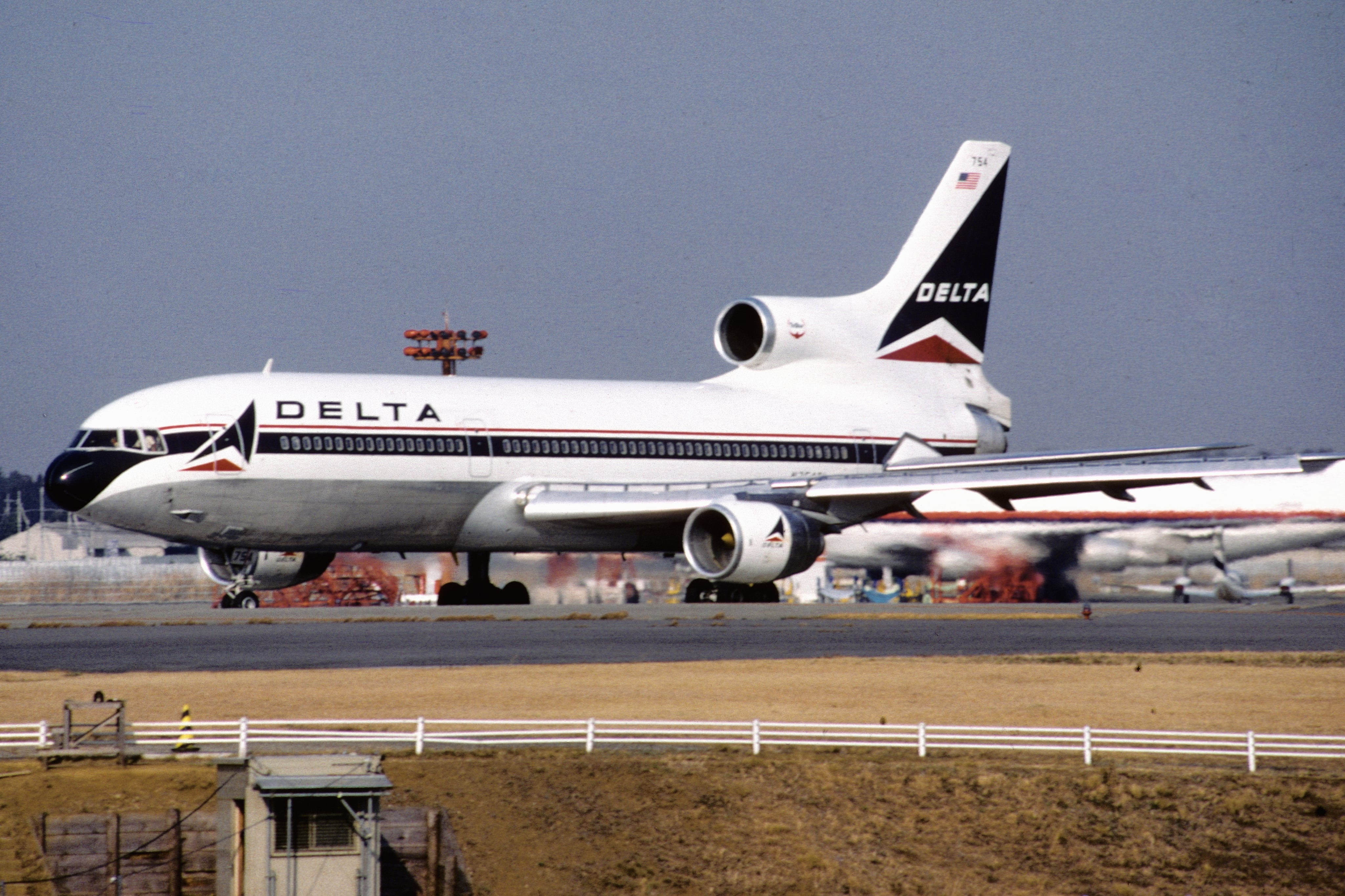latest military drones with Tbt Delta Says Farewell L 1011 on Gremlins Is Darpas Latest Strategy To Swarm Enemy Skies With Small Reusable Drone Armies further Watch as well Heres Footage First Boeing 757 Flight 34 Years Ago Today also Tbt Delta Says Farewell L 1011 besides Passenger Plane Missed Drone Just 20 METRES Came Land Latest Series Near Misses Unmanned Aircraft Skies.