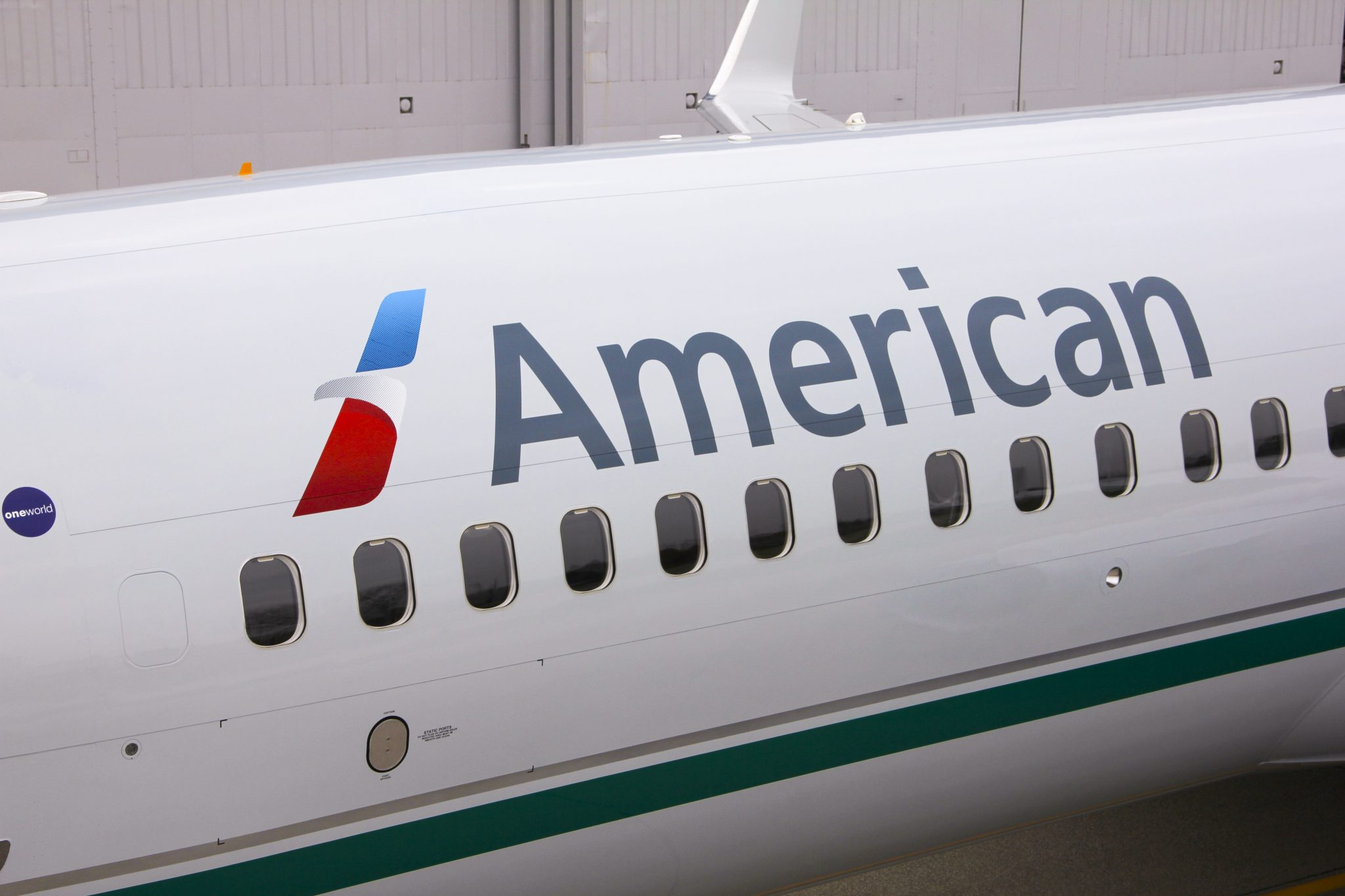 Why Are the New Heritage TWA, AirCal, And RenoAir Liveries Gray? We ...