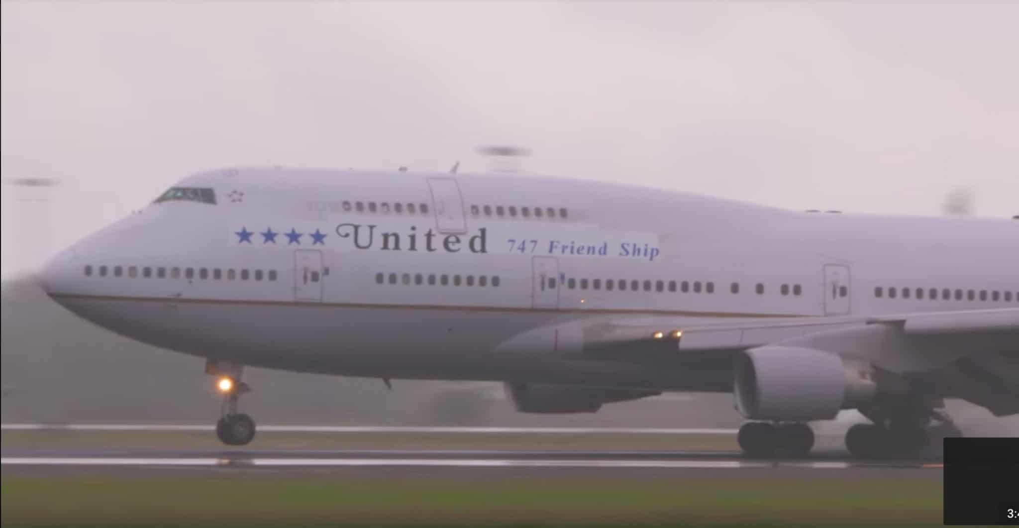 Highlights From Uniteds Last Flight Of The Boeing 747 400 To Hawaii